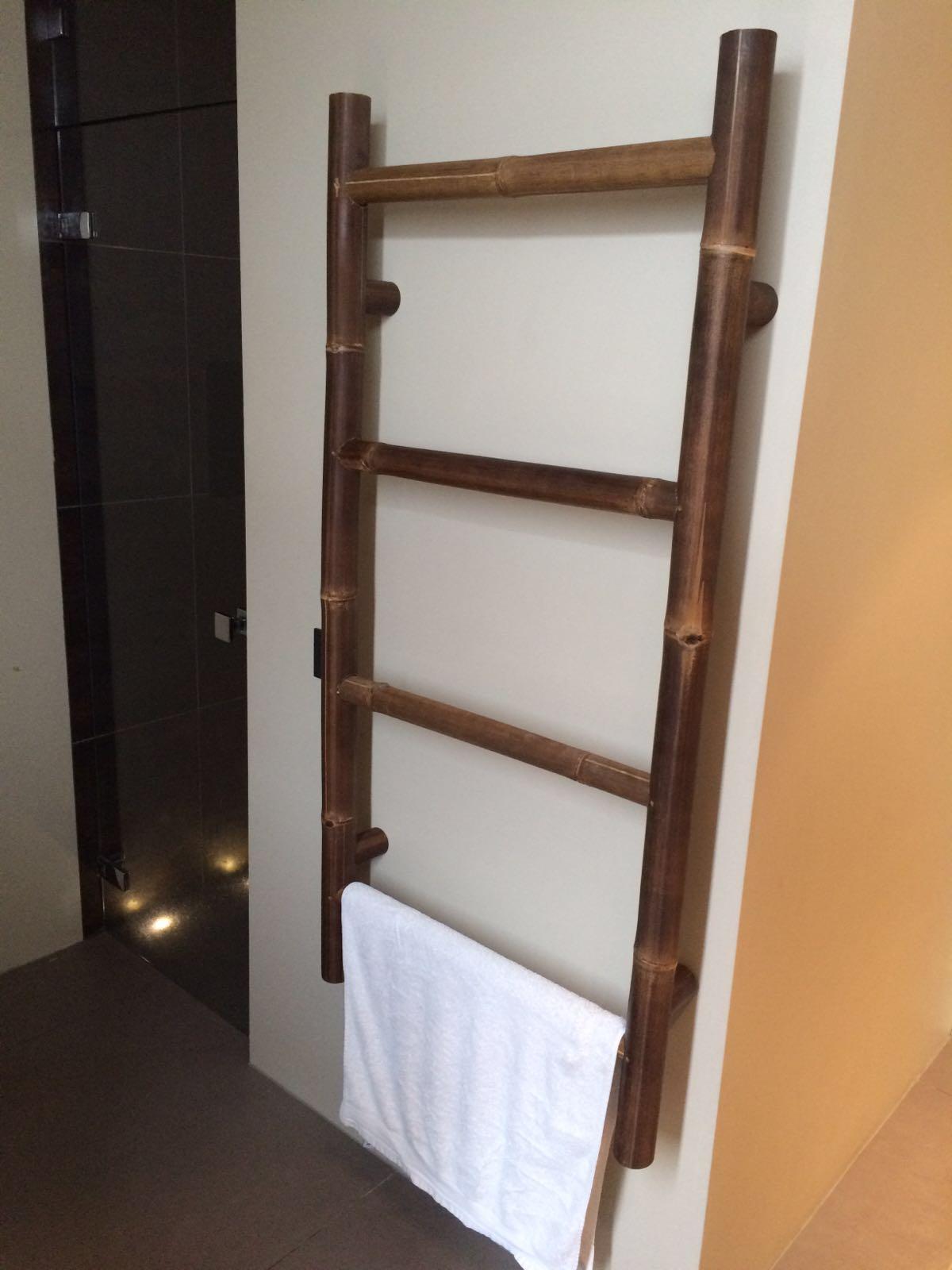 Bamboebeddeb en meubels voor slaapkamer, woonkamer, serre en tuin.